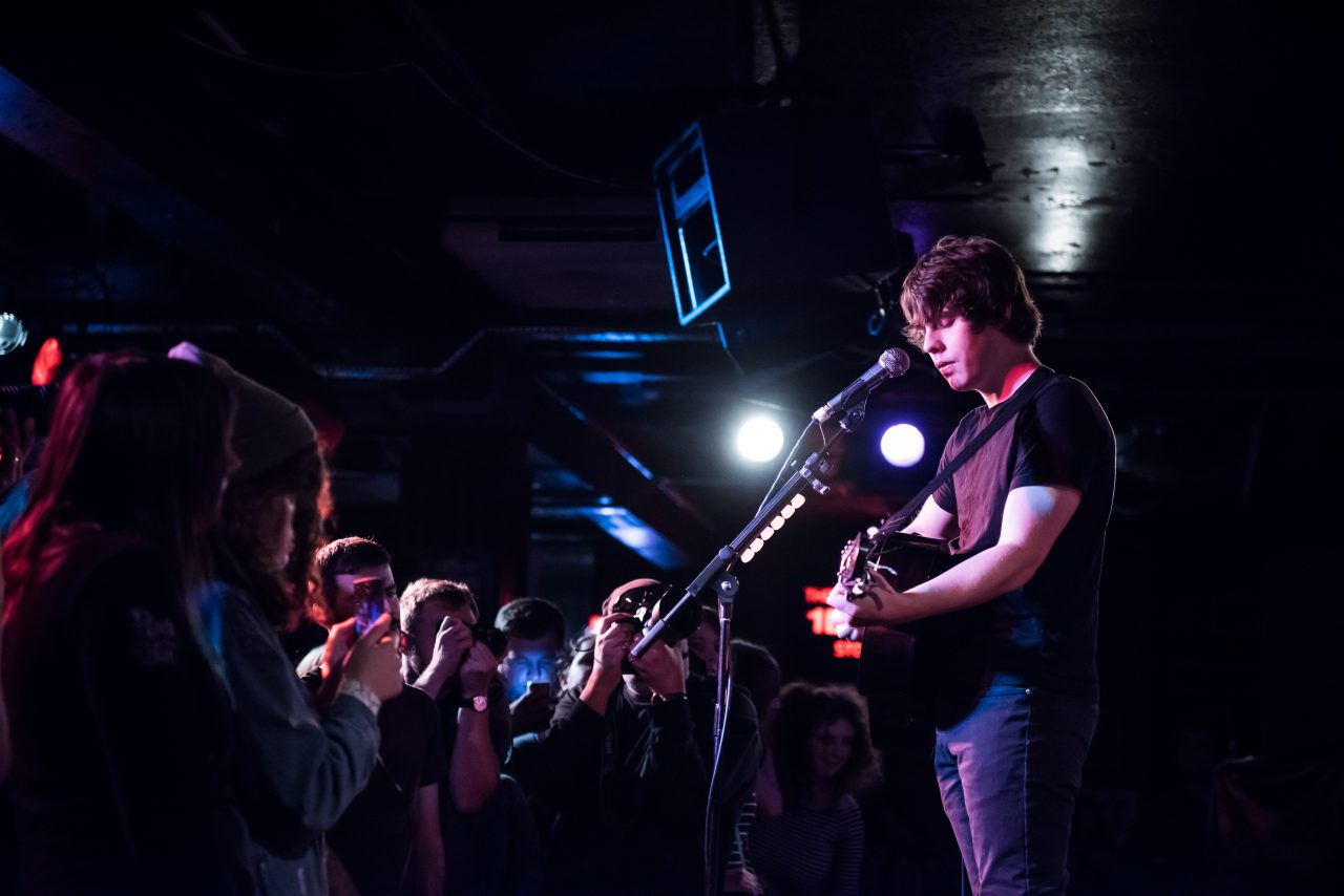 Jake Bugg performing at the 100 Club