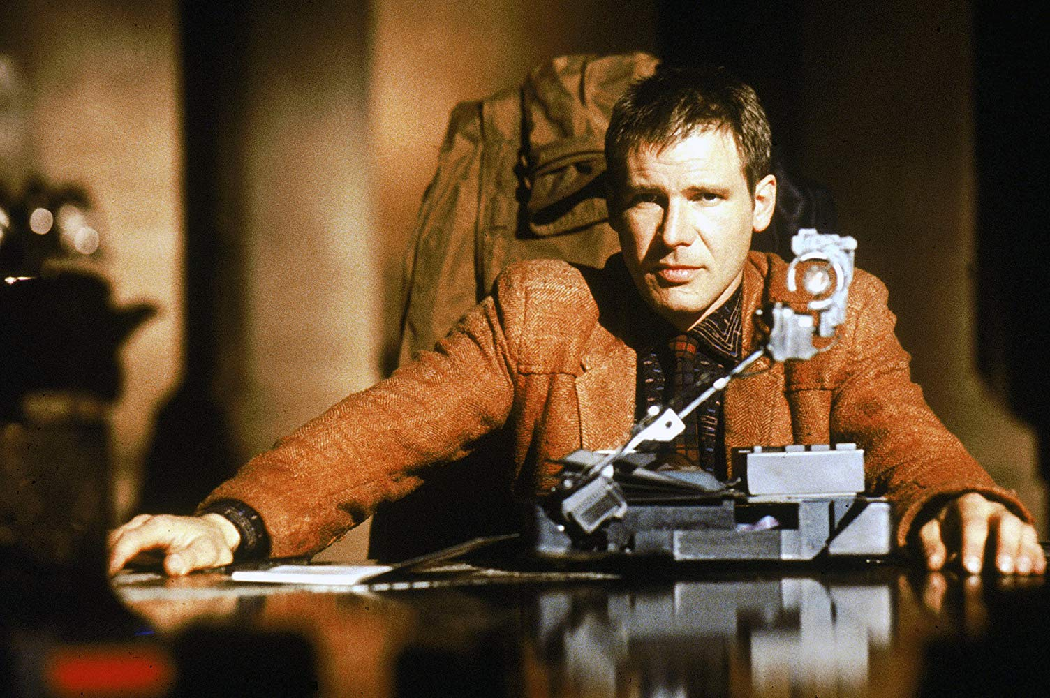 Harrison Ford in Blader Runner Blade Runner © 1982 Warner Bros. Ent. All Rights Reserved